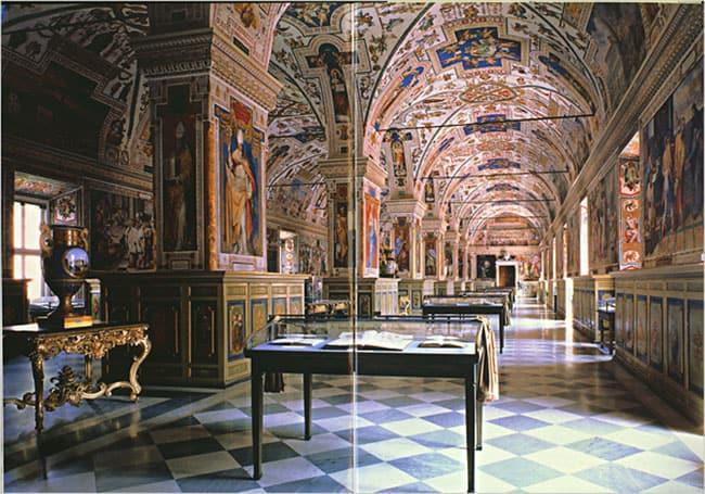 Vaticano-Biblioteca2