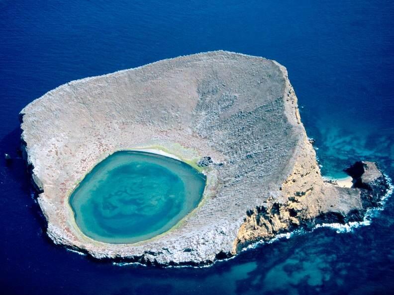 blue-lagoon-galapagos-islands-ecuador