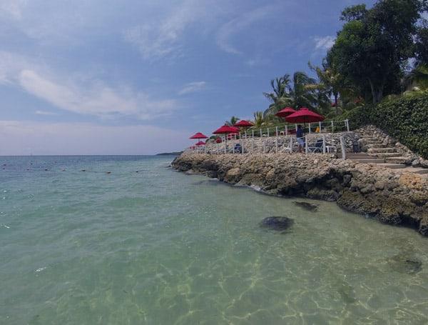 Praia na Ilha Barú