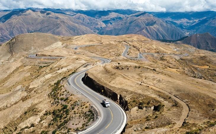 Partindo do Rio de Janeiro, viagem de ônibus para a Colômbia é a maior linha do mundo