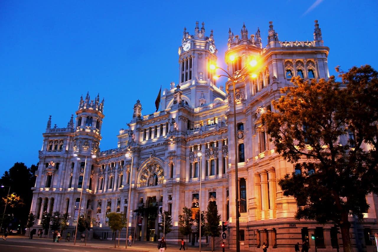 Passagem aérea em promoção para Madrid