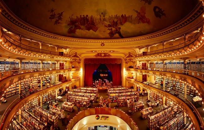 Livraria El Ateneo, em Buenos Aires, está entre as mais lindas do mundo