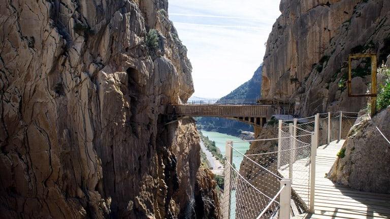 El Caminito del Rey, 'o caminho mais perigoso do mundo', atrai aventureiros na Espanha