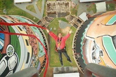Que tal saltar de Bungee Jump nas Torres Orlando, em Joanesburgo?