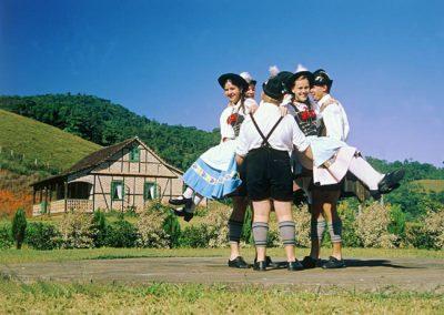 Cultura alemã predomina na charmosa Pomerode, em Santa Catarina