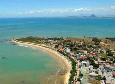 As 12 praias mais bonitas do Espírito Santo