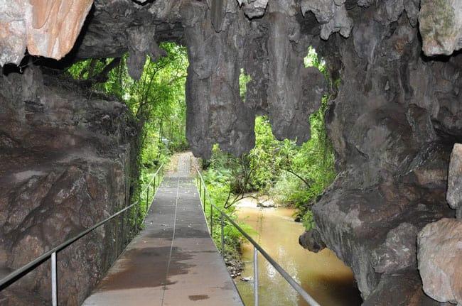 Por dentro das rochas: 10 grutas no Brasil para conhecer na próxima aventura