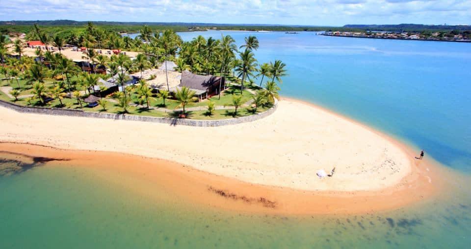 Descubra as melhores praias de Arraial D'Ajuda um paraíso brasileiro!